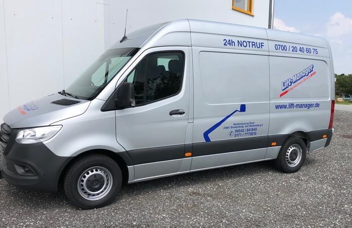 Neues Service-Fahrzeug bei Lift-Manager Hamburg